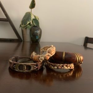 Braided bracelets wood pucca shells